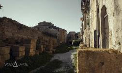 Sicilia, i resti della tragedia del 1968 in Valle del Belice