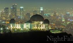 Quando la notte cala sulla città di Los Angeles