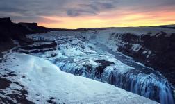 L'occhio del ciclone: colori e riflessi d'Islanda in Ultra HD 5K